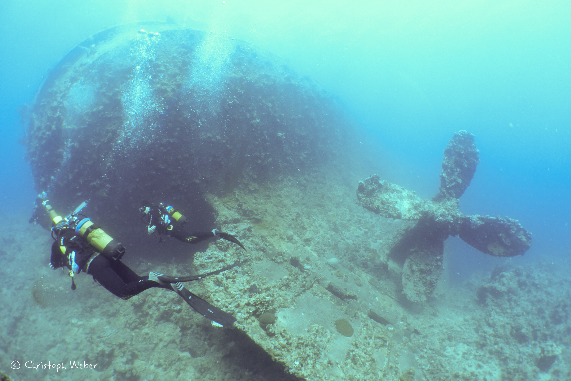 Diving in the Past, divers on Umbria Wreck